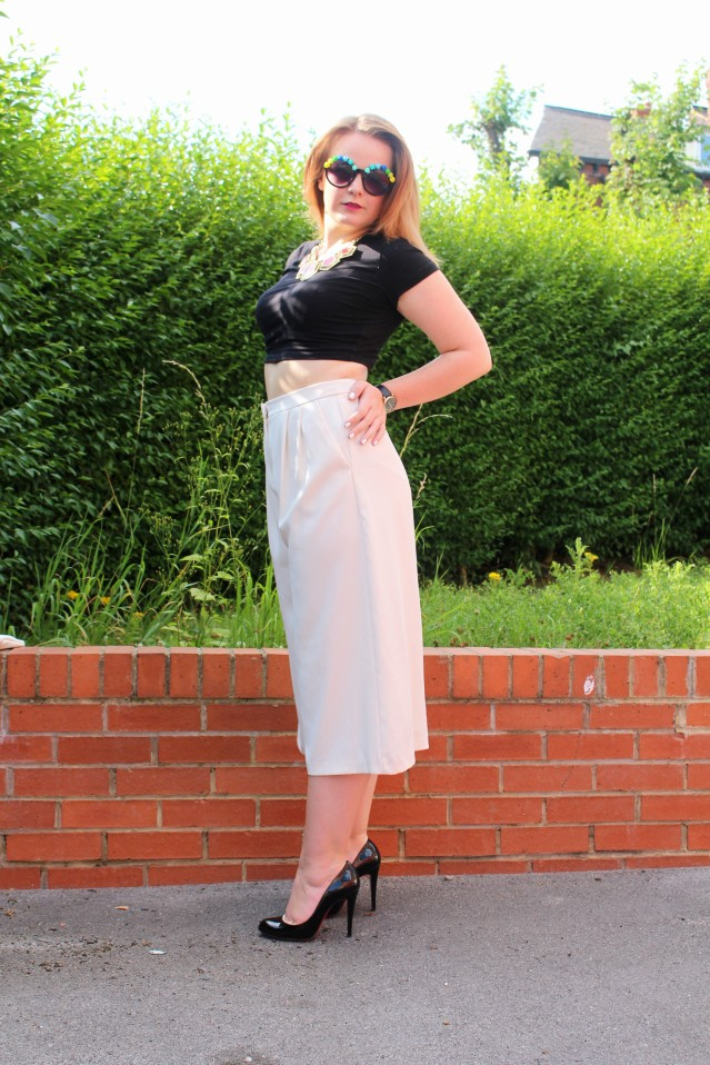 Topshop How to wear Culottes monochrome style ootd-003