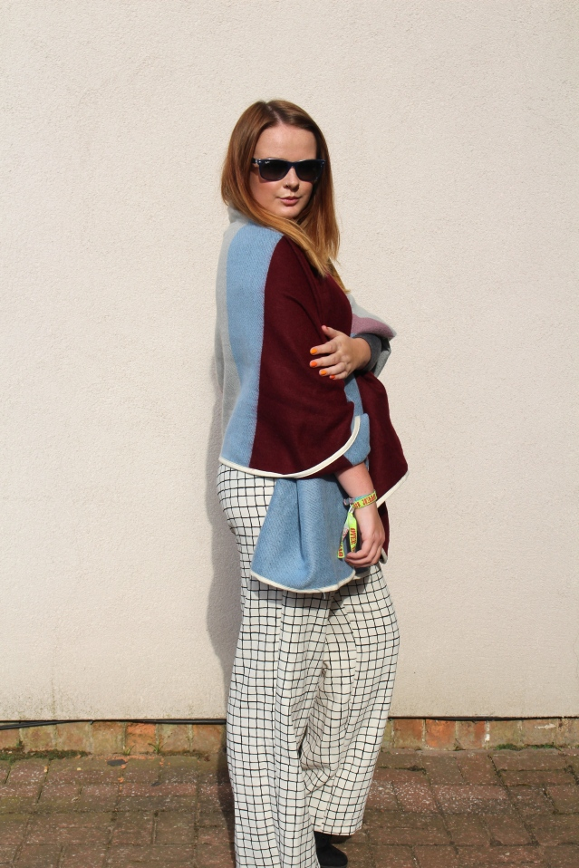 Topshop blanket cape aw14-004
