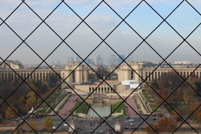 to-do-in-paris-eiffel-tower-lunch-009