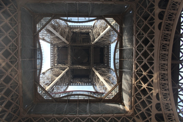 to-do-in-paris-eiffel-tower-lunch-011
