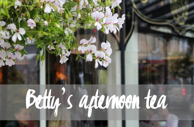 lady-bettys-afternoon-tea-harrogate-champagne-001 copy