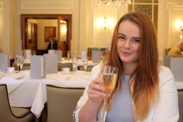 lady-bettys-afternoon-tea-harrogate-champagne-004