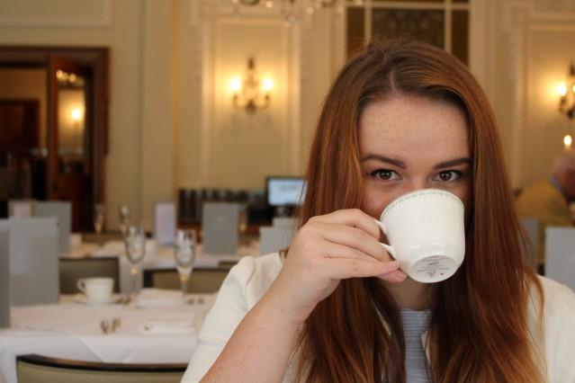 lady-bettys-afternoon-tea-harrogate-champagne-010