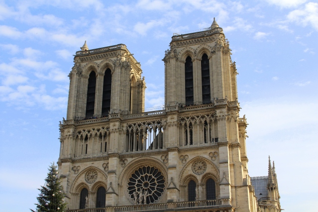 things-to-do-paris-notre-dame-001