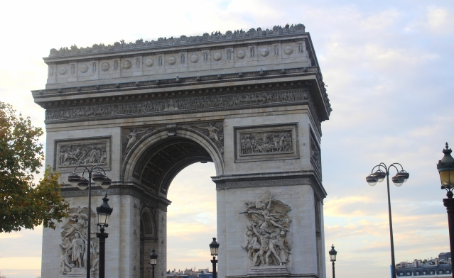 to-do-in-paris-laduree-arc-triomphe-005