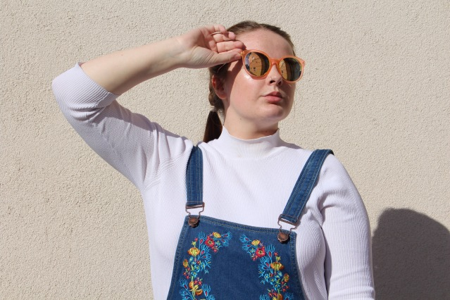 liqour_and_poker_floral_dungarees_curvy_style-001