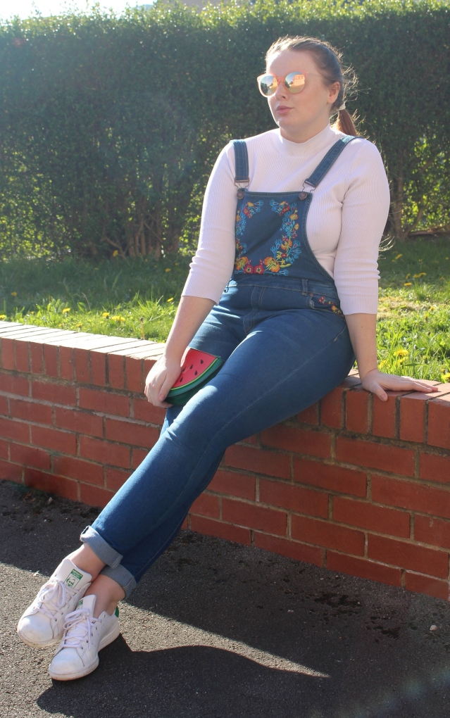 liqour_and_poker_floral_dungarees_curvy_style-005