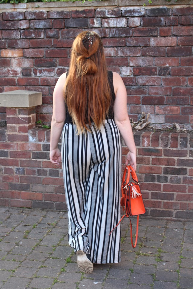 curvy-travel-ootd-style-for-flying-010