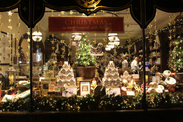 magical-christmas-bettys-harrogate-afternoon-tea