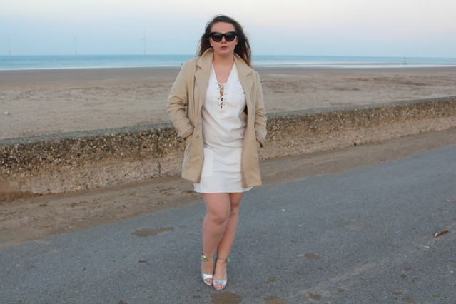 blogmas-ootd-seaside-sparkle