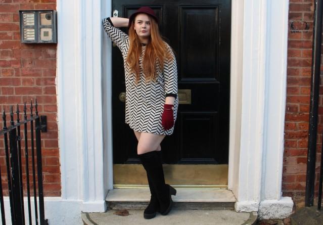 blogmas_ootd_curvy_winter_gossip_girl_style-009