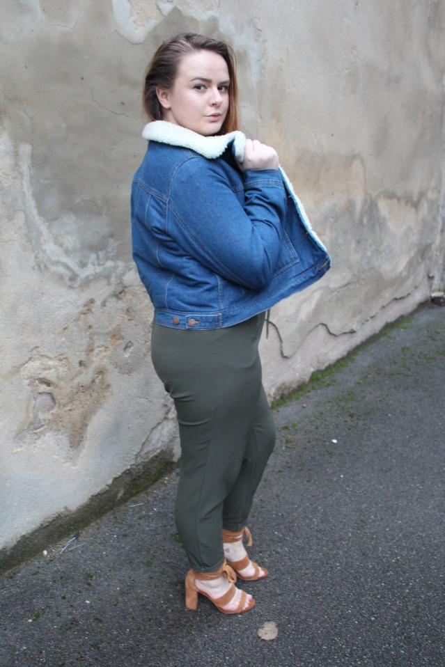 blogmas_ootd_khaki_jumpsuit_style-003