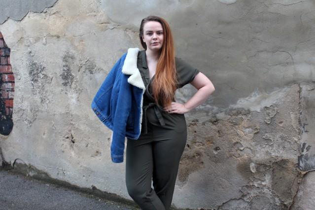 blogmas_ootd_khaki_jumpsuit_style