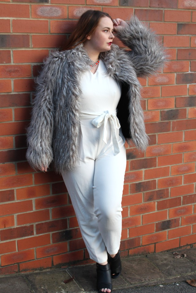 blogmas_winter_glam_ootd-001