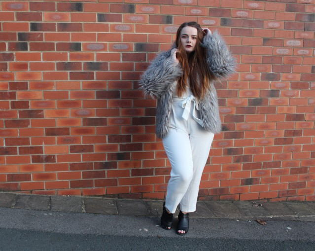 blogmas_winter_glam_ootd-008