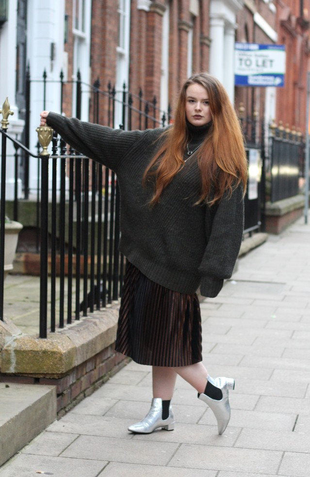 how to wear skirts everyday