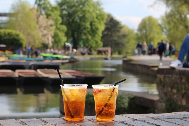 alternative-weekend-break-cambridge-pimms