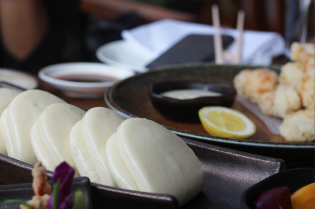 issho-luxury-brunch-bao-bun1
