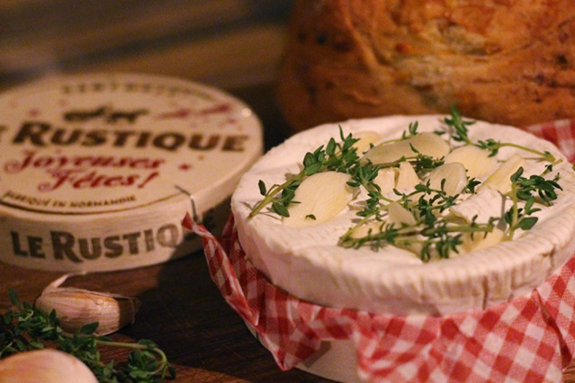 christmas-party-food-baked-camembert-recipe2