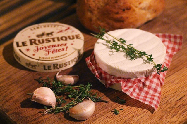 christmas-party-food-baked-camembert-recipe4