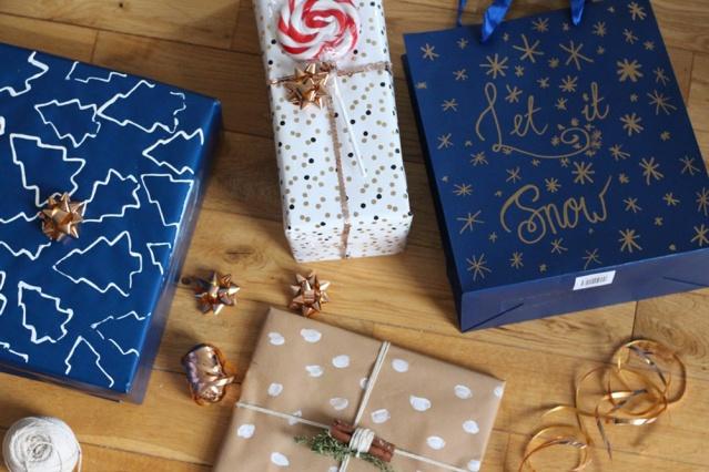 diy-christmas-giftwrap-inspo